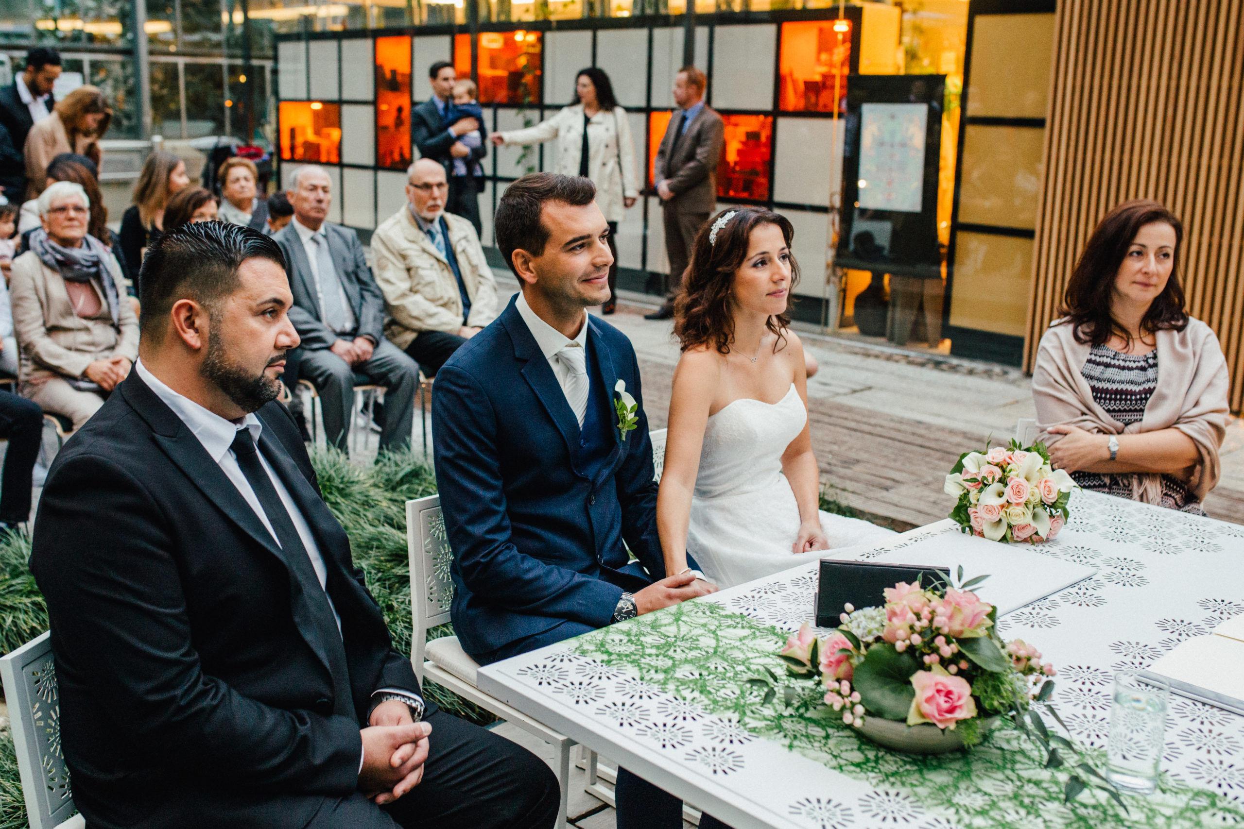 Hochzeitsfotograf Bremen Botanika 042 scaled - Sitze ich links oder rechts bei der Trauung